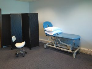 Therapy room with therapy couch (room hire)